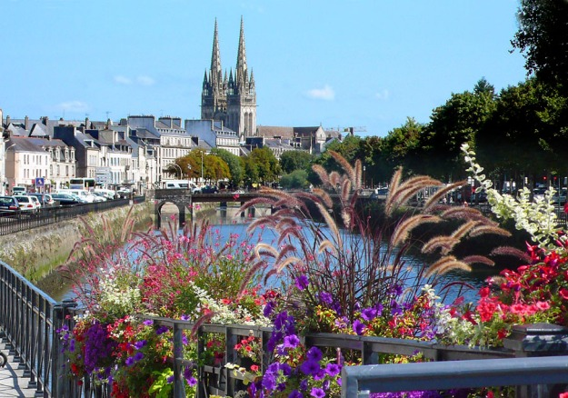 Saint Coretin Cathedral, Quimper with the Odet River